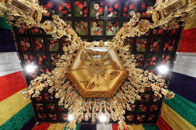 光岳寺 本堂天井画『梅』